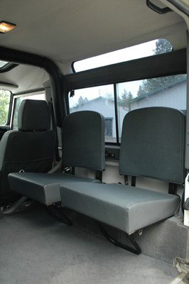 land rover defender jump seats deployed