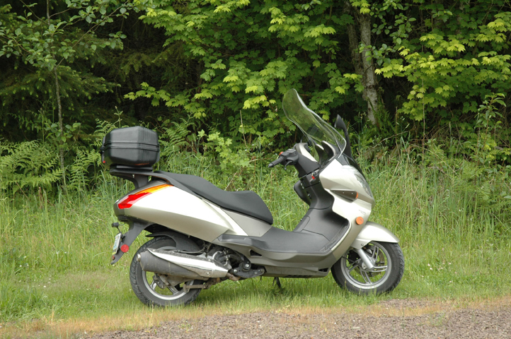 aprillia atlantic scooter